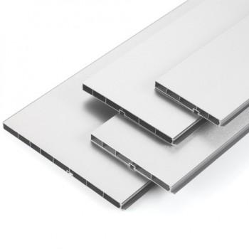 PVC цокъл с алуминиево фолио H150 мм - рипс